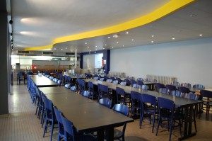 Salle du restaurant scolaire